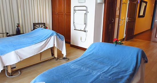 couples treatment room at venus spa