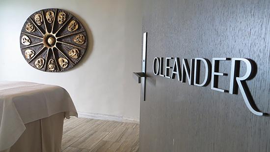 oleander spa room at viceroy