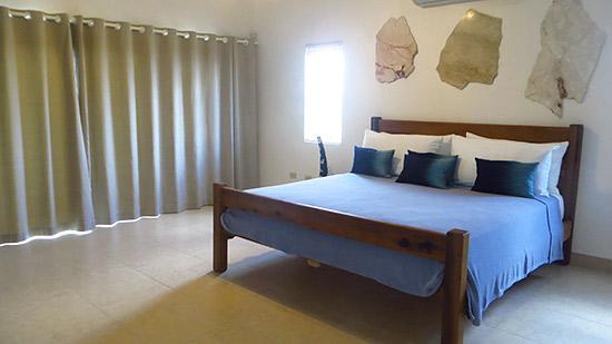 bedrooms in villa kiki