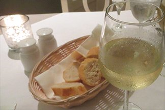 wine and bread at bistrot caraibes
