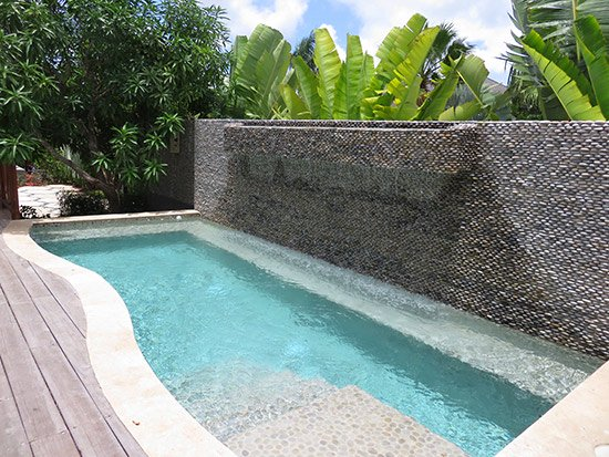 the pool at zemi thai house spa
