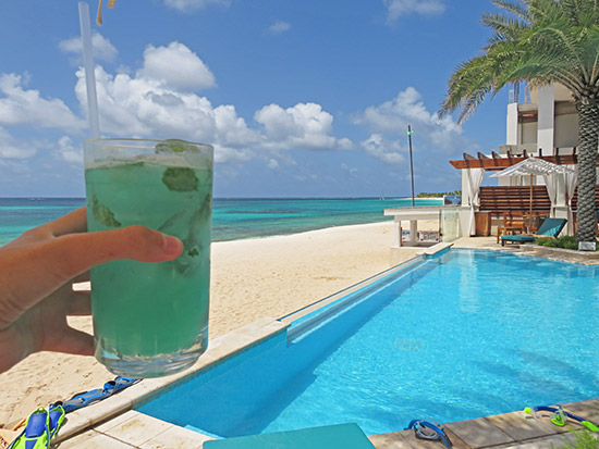 zemi blue cocktail at shoal bay zemi beach club
