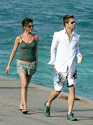 Jennifer Aniston and Brad Pitt in Anguilla<br>Photo From: People.com