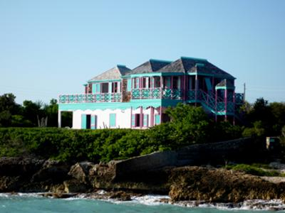 La Petite Maison d'Amour has spectacular views of the ocean